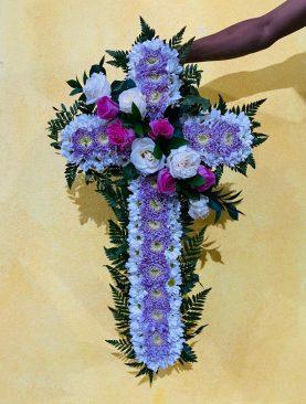 Bunga Salib Ungu
